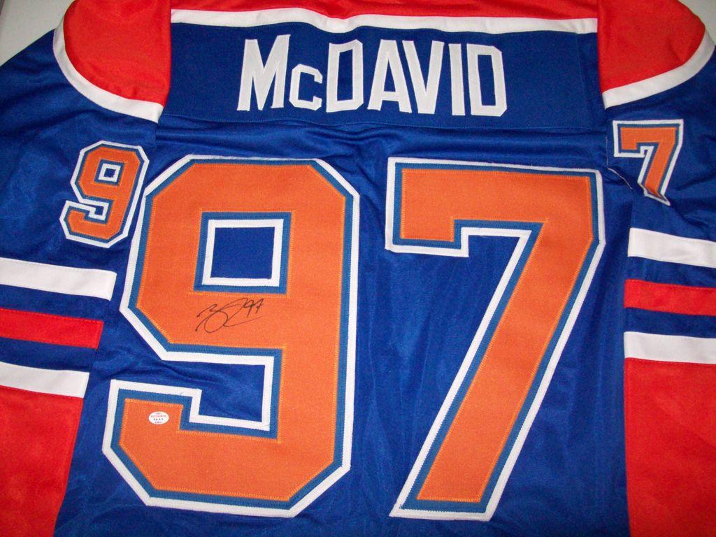 official photos b2924 29ba9 Lot: Connor McDavid Edmonton Oilers Signed Autographed ...