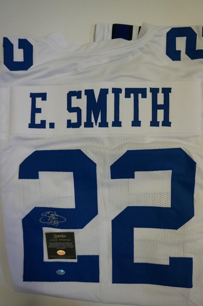 pretty nice 111b3 ae5bc Lot: Emmitt Smith NFL Hall of Fame - Dallas Cowboys signed ...