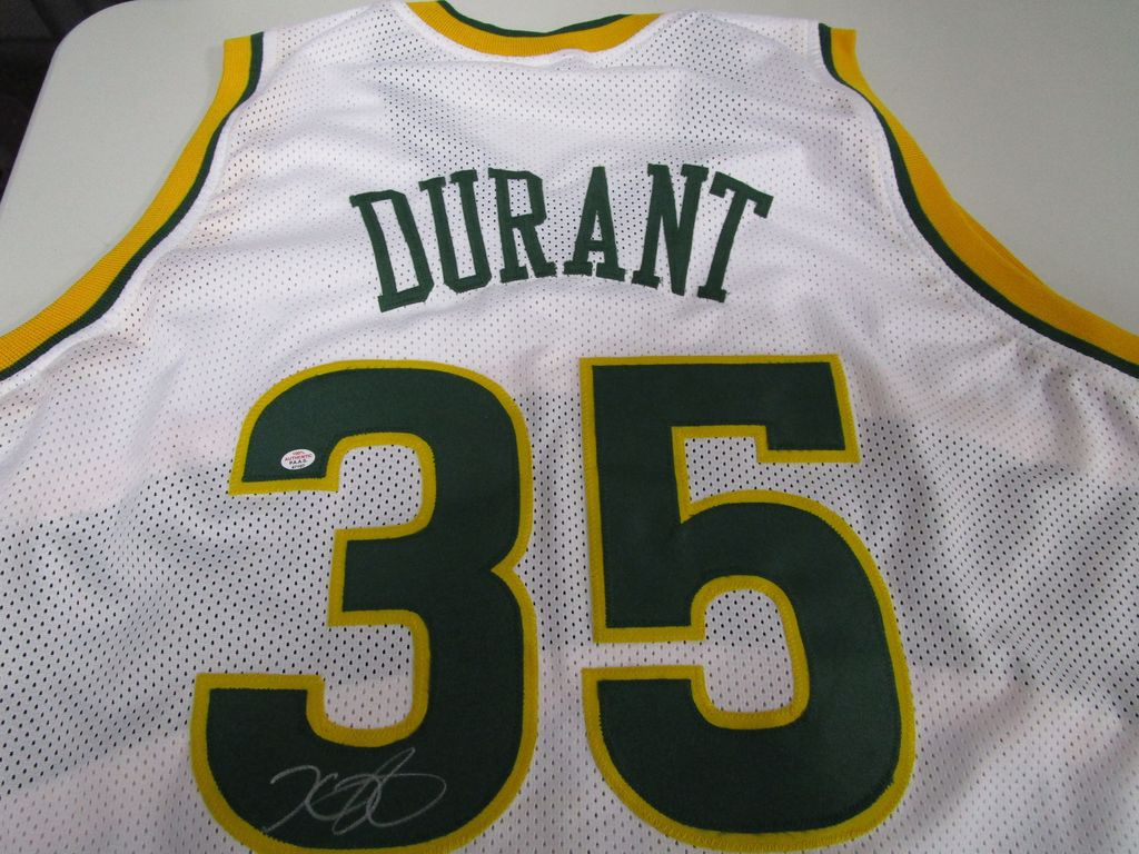 separation shoes 3ad35 cb5b5 Lot: Kevin Durant of the Seattle Supersonics signed white ...