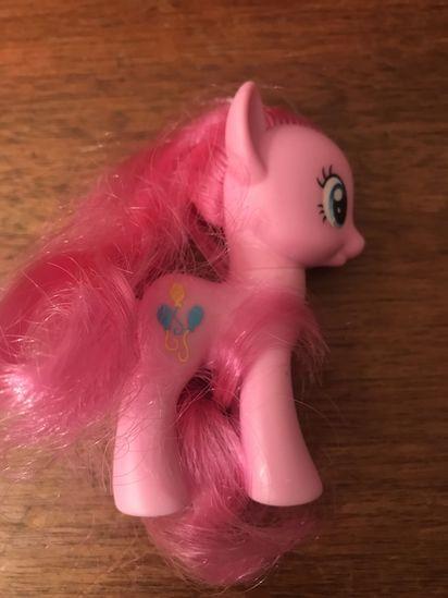 My Little Pony Pinkie Pie figurine