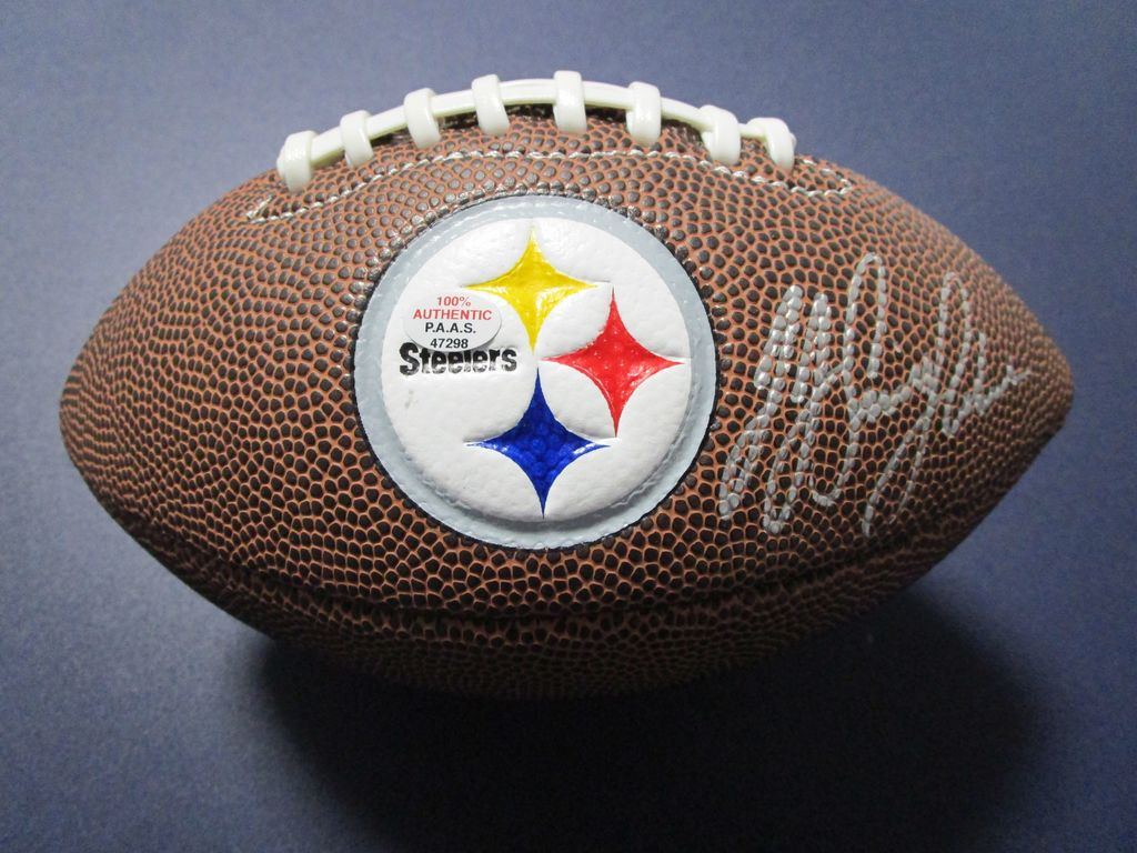 JuJu Smith Schuster of the Pittsburgh Steelers signed autographed mini logo football PAAS COA 298