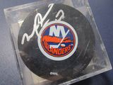 Michael Peca of the NY Islanders signed autographed hockey puck Topps COA 660