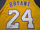 Kobe Bryant of the LA Lakers signed autographed basketball jersey ATL COA 432