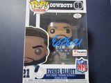 Ezekiel Elliott of the Dallas Cowboys signed autographed pop vinyl figure PAAS COA 623