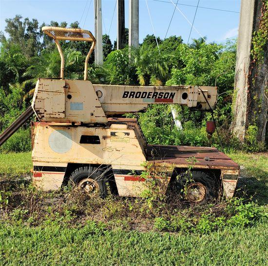 Broderson Hydraulic Diesel IC20 4X4 Mini Crane