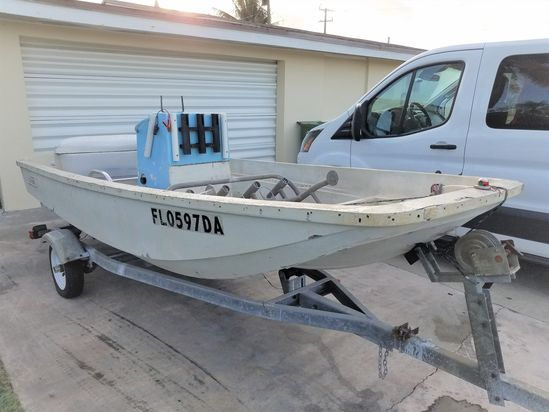 1976 13' Boston Whaler with Trailer