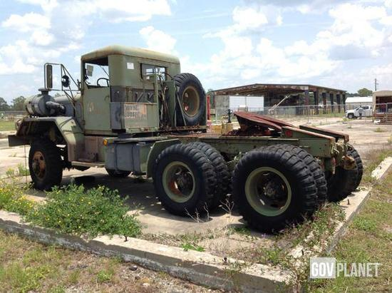 1970 Kaiser / Jeep XM818 6x6 Tractor Truck
