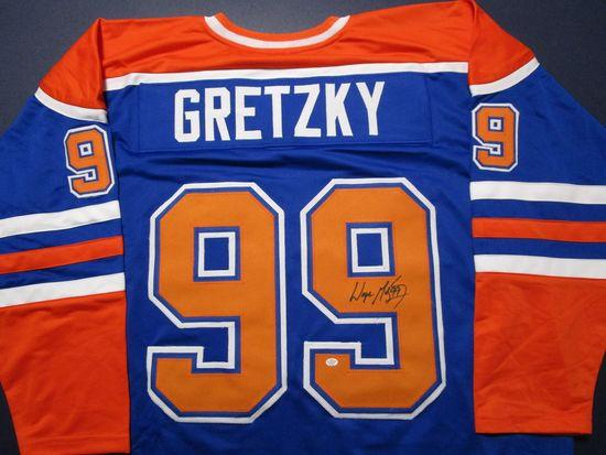 Wayne Gretzky of the Edmonton Oilers signed autographed hockey jersey PAAS COA 231
