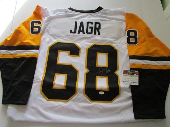 Jaromir Jagr, Pittsburgh Penguins, Art Ross Trophy Winner, Autographed Jersey w COA