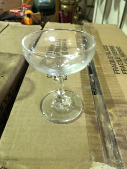 (36) Champagne Glasses/Flutes (new)