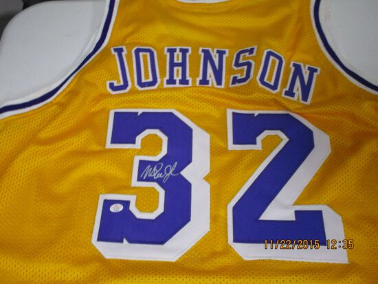 Magic Johnson of the LA Lakers signed autographed basketball jersey PAAS COA 352