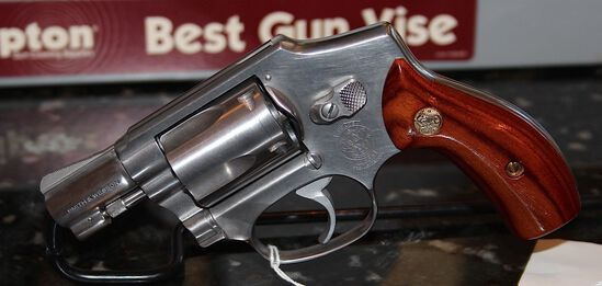 SMITH & WESSON  38 SPECIAL  MODEL 640