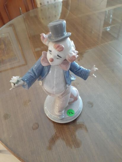 Clown offering a flower - Lladro - Daisa 2002