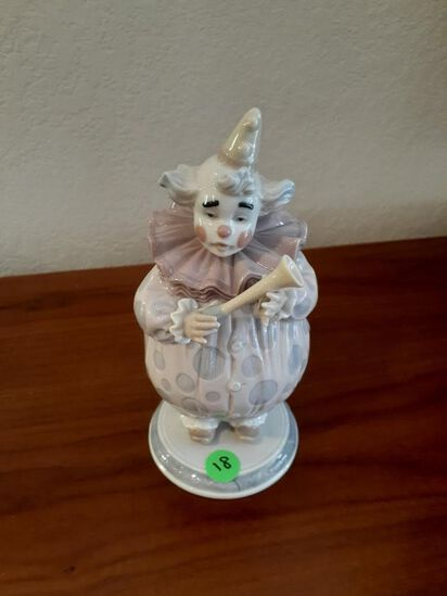 Lladro - Clown playing with horn - Daisa 2002