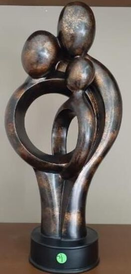 Sculpture of family -21 inches - Composite material