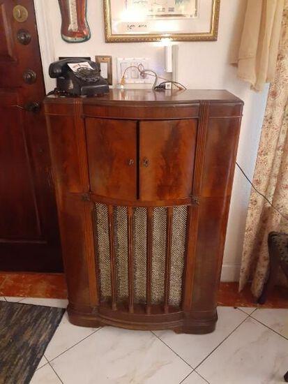 Stromberg -Carlson Antique Short Wave Radio -working
