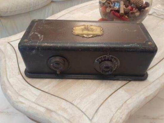 Atwater Kent Radio - Model 35 0 Serial Number 1000125 -