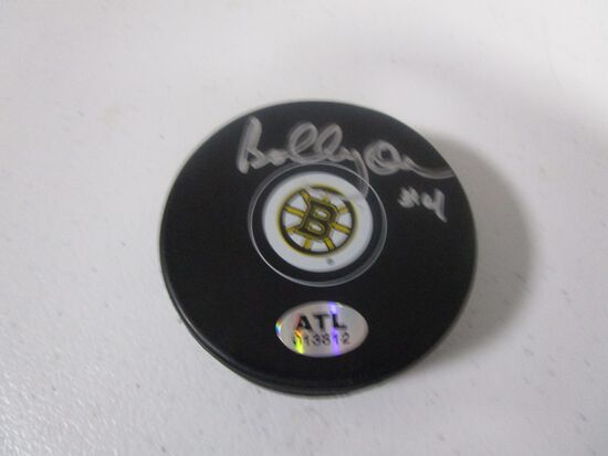 Bobby Orr of the Boston Bruins signed autographed hockey puck ATL COA 812