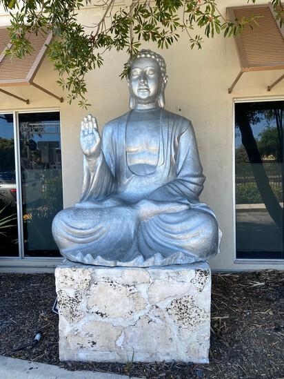 "96"" Sittng Buddha"