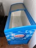 6' Rolling Ice Cream Freezer