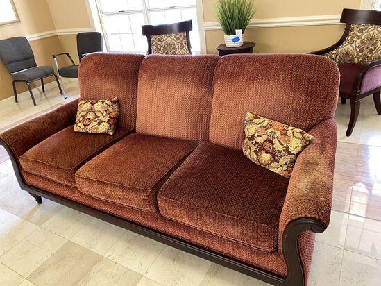 Beautiful 7' Sofa by Fairfield