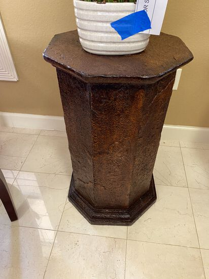 """28"""" Column Table/Plant Stand"""