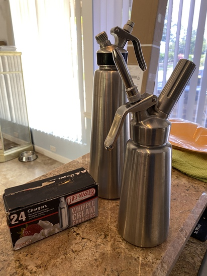 Stainless Steel Whip Cream Dispensers