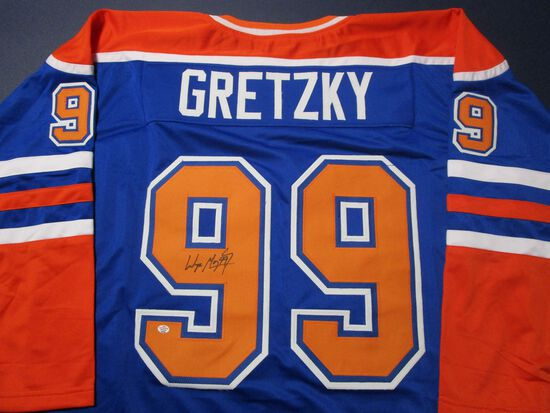Wayne Gretzky of the Edmonton Oilers signed autographed hockey jersey PAAS COA 589