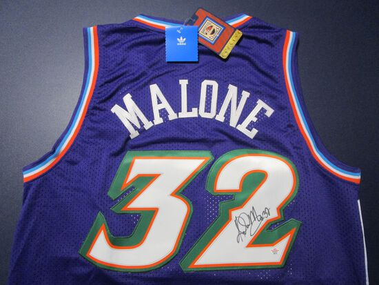 Karl Malone of the Utah Jazz signed autographed basketball jersey PAAS COA 514