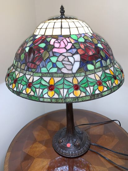 Tiffany Style Table Lamp, Brass Base