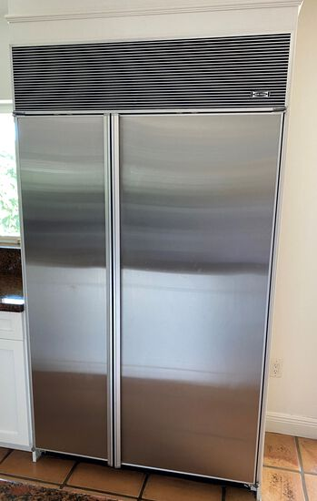 Stainless Steel Finish Sub-Zero model 532 Refrigerator/Freezer