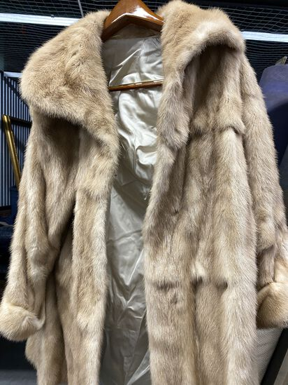 Maximillian Collection Fur Coat from Bloomingdales. The Coat is a size 10, has a Silk inner lining a