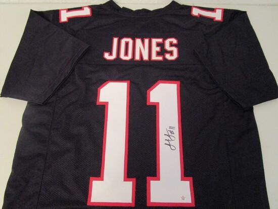 Julio Jones of the Atlanta Falcons signed autographed football jersey PAAS COA 358