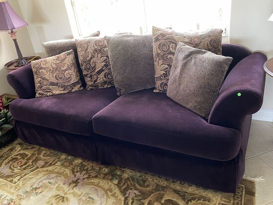 7ft Sofa/Love Seat with (6) Pillows
