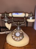 French Phone