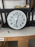 Large Round Wall Clock, (24