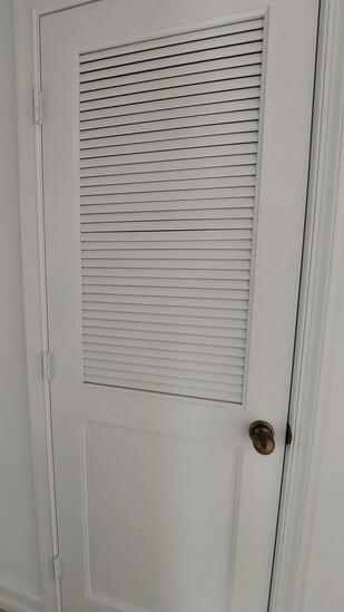 """30"""" x 84"""" Interior Door With Bahama Top And All Hardware"""