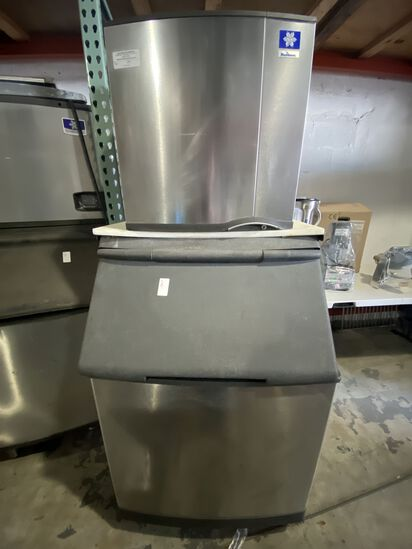 Manitowoc 400 lb Ice Maker, With Bin