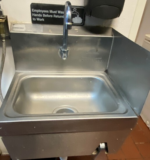 Walll Mount Hand Sink with Knee Pedal