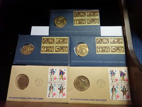 (3) AMERICAN REVOLUTION BICENTENNIAL COMMEMORATIVE MEDAL, FIRST DAY OF ISSUE