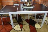 DINING ROOM TABLE WITH EXPANDING LEAVES