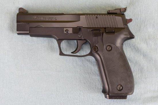 Sig Sauer P226 Semi Auto Pistol