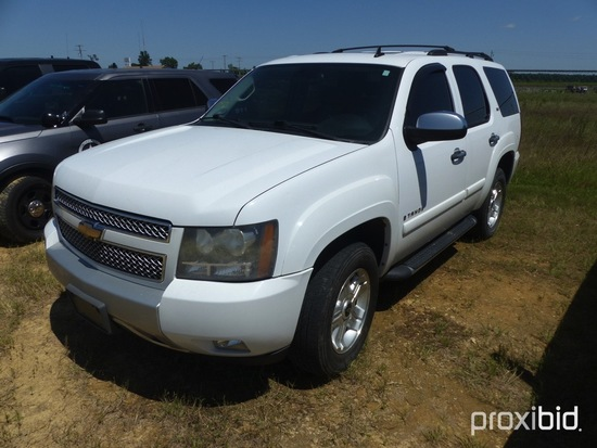 2008 Chevy Tahoe Z71, 4WD, leather seats, 5.3 ltr vortec engine,