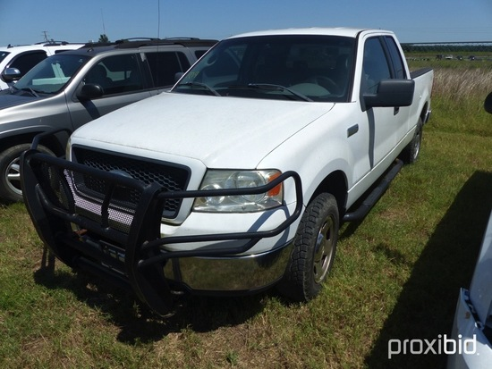 2006 Ford F150 XLT, 5.4 ltr Triton engine, 4WD, extended cab, vin 1FTPX14V2