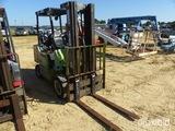 2000 Clark GPX25 Straight Mast Forklift, LP Gas Engine, 5000lb lift capacit