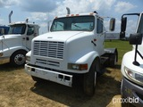 1999 International 8100 Yard Spotter Truck Tractor, daycab, Int. diesel, au
