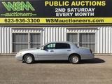 2001 Lincoln Town Car SDN