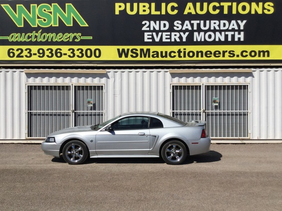 2004 Ford Mustang SDN
