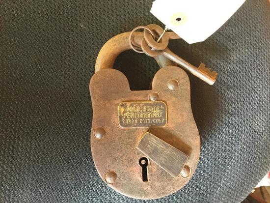 Colorado State Penitentiary Padlock w/ Keys R1