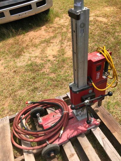 HILTI DD25DE CORE DRILL W/VACUUM PUMP, HOSES, & POWER CORD R1